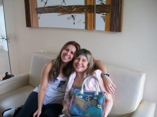 Geisa com uma amiga nossa em comum muito especial também, a Martinha